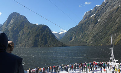 Cruise 2 Milford Sound