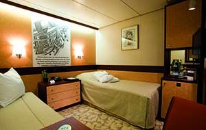 Category 3 standard twin cabin